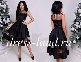 Черное платье с прозрачной вставкой на юбке
