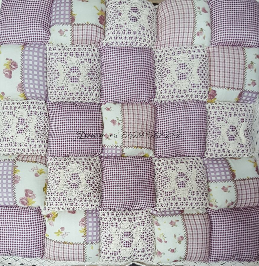 Сидушка на стул Бледно-фиолетовая лоскутная