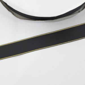 Лента репсовая однотонная с металл. кромкой(золото) 25 мм, длина 25 ярдов, цвет: 030 черный