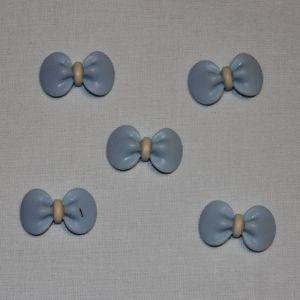 "`Кабошон ""Бантик"", пластик, 23х15 мм, цвет - голубой"