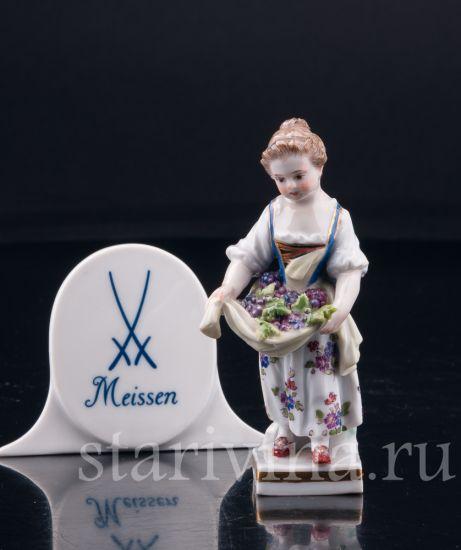 Девочка с виноградом в подоле, миниатюра, Meissen, Германия, 19 в.