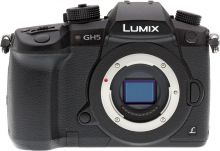 Panasonic Lumix GH5 Body ( английски)