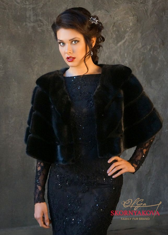 Накидка на вечернее платье из норки.Дизайн Скорняковой О.