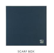 Короб фирменный для  шарфа (малого и среднего размера)  Johnstons of Elgin  28x28x2 см