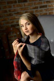 Роскошный двусторонний кашемировый шарф (100% драгоценный кашемир) Алый Фэнси Хэйрлайн FANCY HAIRLINE / PLAIN  высокая плотность 7