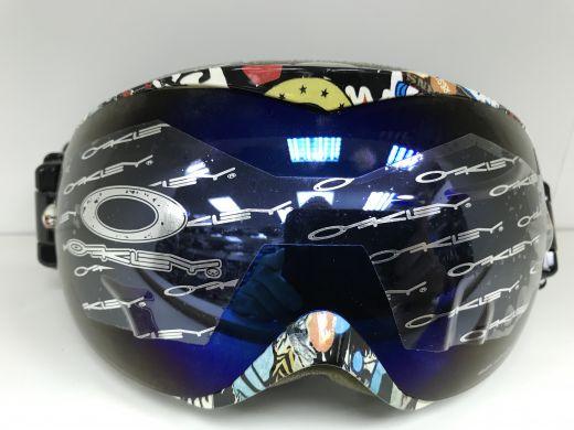 Горнолыжные маски, шлемы