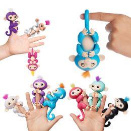 Интерактивная обезьянка FunMonkey FINGERLINGS (с проводом для зарядки через USB)