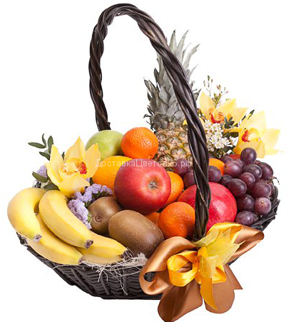 Корзинка свежих фруктов с цветами №2