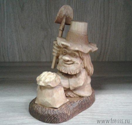 """Подарок деревянная фигурка ручной работы """"Золотоискатель"""""""