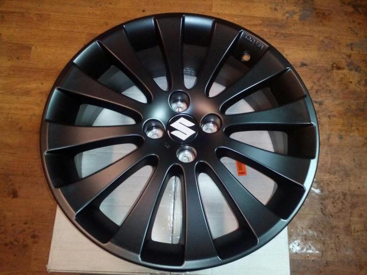 Диск колеса литой R17 SUZUKI Swift черный 990E068L70000 Suzuki