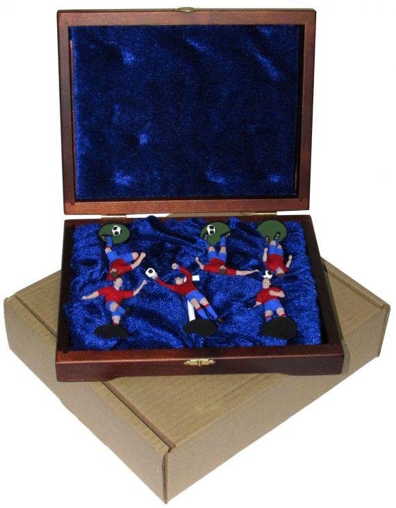 """Набор миниатюр в деревянной шкатулке """"ФУТБОЛ"""" 6 фигур (красно-синяя форма)"""