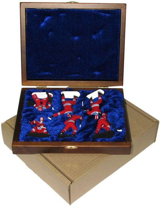 """Набор миниатюр в деревянной шкатулке """"ХОККЕЙ"""" 6 фигур (красно-синяя форма)"""