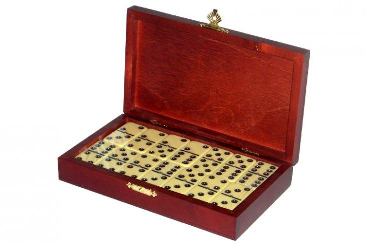 Домино турнирное D6 в деревянной шкатулке без флока
