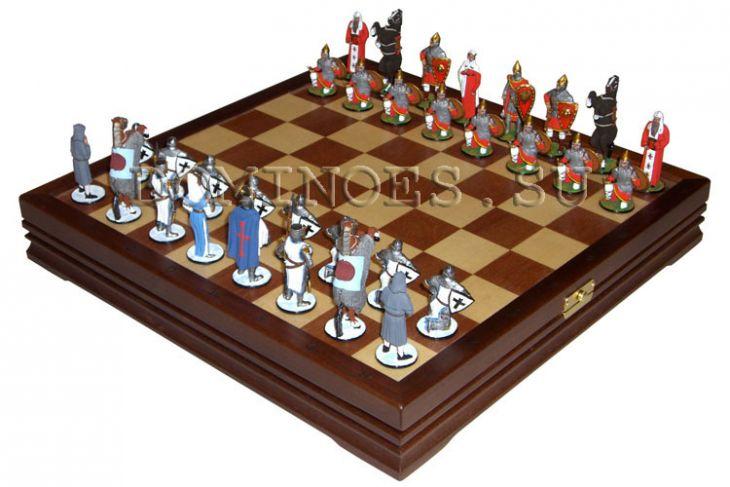 Шахматы исторические с фигурами из олова покрашенными в полу коллекционном качестве