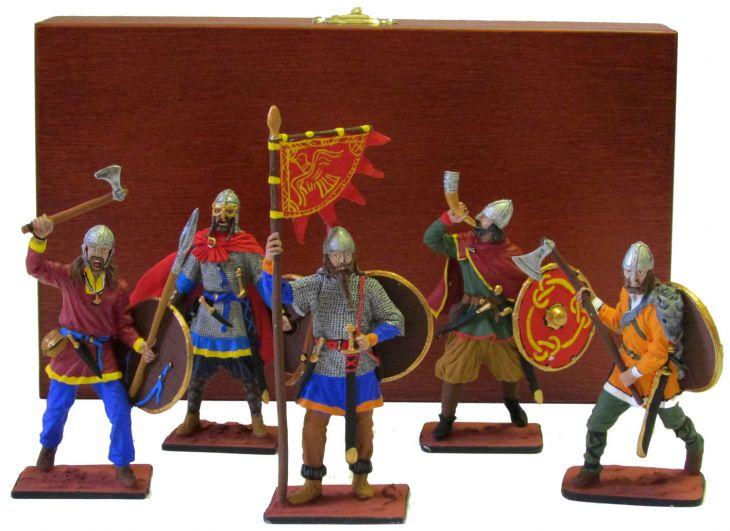 """Набор миниатюр в деревянной шкатулке """"Викинги"""" (5 фигур)"""