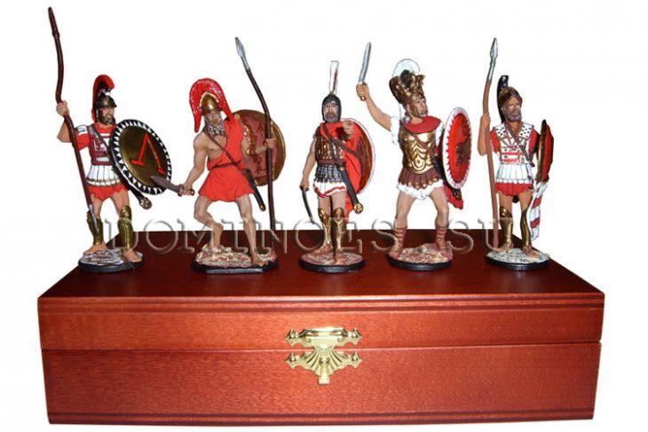 """Набор миниатюр в деревянной шкатулке """"Греки"""" (5 фигур)"""