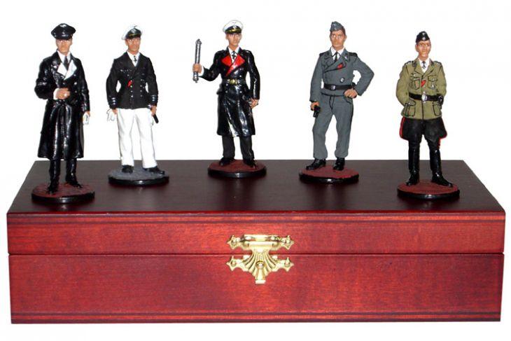 """Набор миниатюр в деревянной шкатулке """"Немцы II мировая война"""" (5 фигур)"""