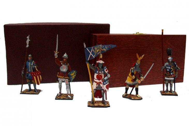 """Набор миниатюр в деревянной шкатулке """"Рыцари"""" (5 фигур)"""