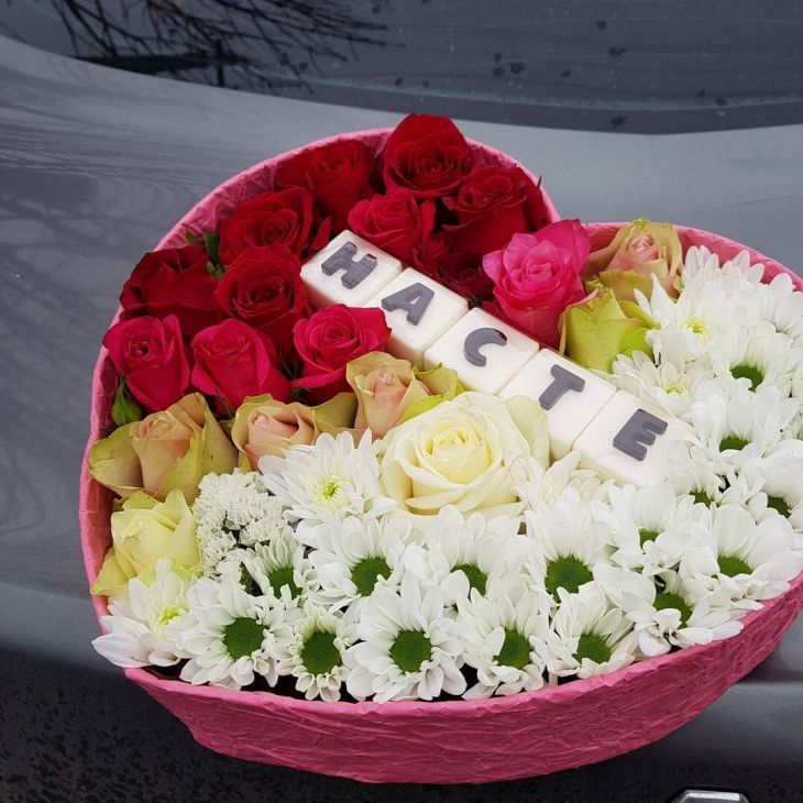 Цветы на 8