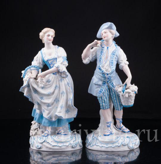 Антикварные старинные фарфоровая статуэтки Пара в голубом производства Германия, 19 в.