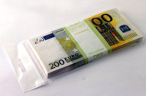 Забавная Пачка 200 евро