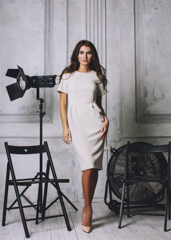 1100. Платье