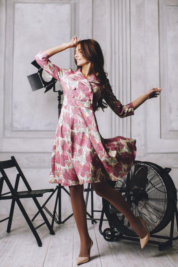 0437. Платье