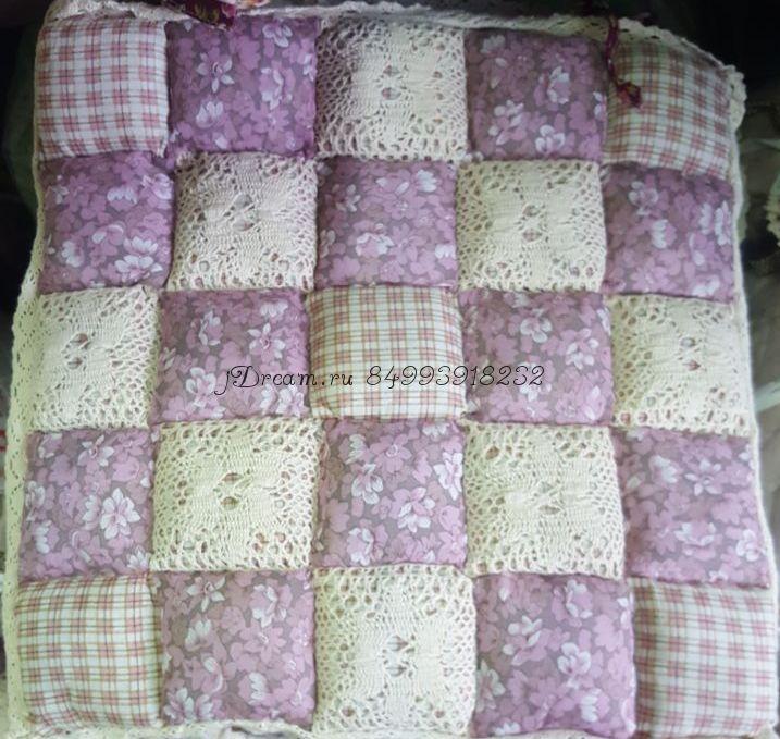 Сидушка на стул розовые цветочки