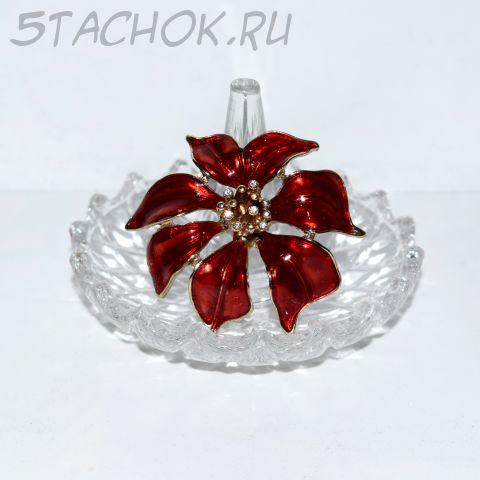 """Брошь """"Красный цветок"""""""
