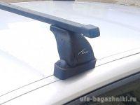 Багажник на крышу Renault Megane 2 (sedan/hatchback), Lux, прямоугольные стальные дуги
