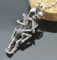 Кулон два Скелета