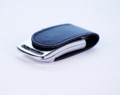 16GB USB3.0-флэш накопитель Apexto U503I гладкая черная кожа OEM