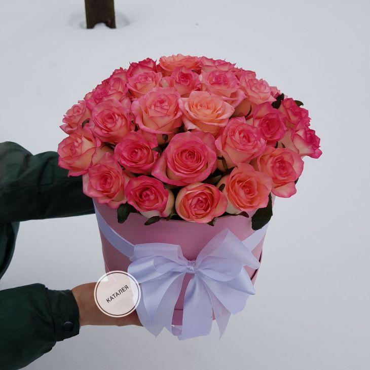 Коробочка из 33 нежной розы