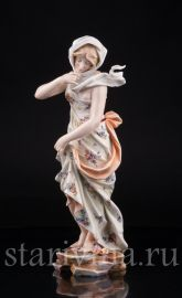 Девушка в платке, аллегория Зимы, Volkstedt, Германия, 19 в., артикул 03263