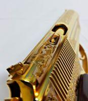 Золотой макаров