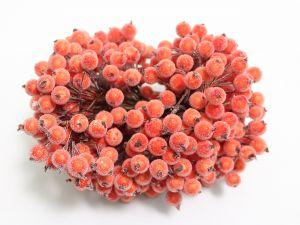 `Ягоды в сахарной обсыпке 12 мм (длина 16см), цвет алый, 1 веточка=2 ягодки