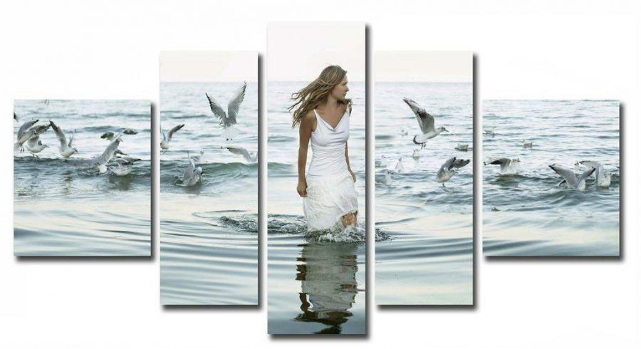 Модульная картина Девушка и чайки