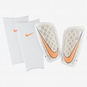 Футбольные щитки NIKE MERCURIAL FLYLITE SP2085-100