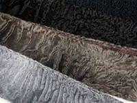 Меховой шарф из каракуля цвета в наличии