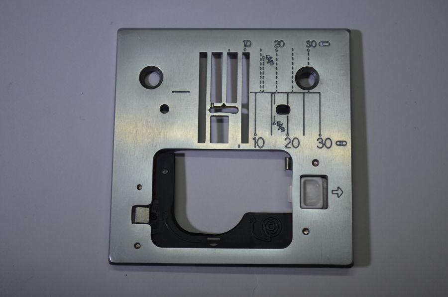 Игольная пластина JUKI HZL-61e, 71e, 80e, 90