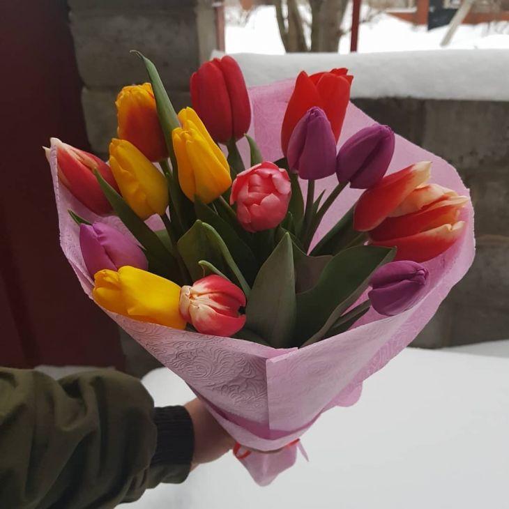 БУКЕТ из 15 тюльпан