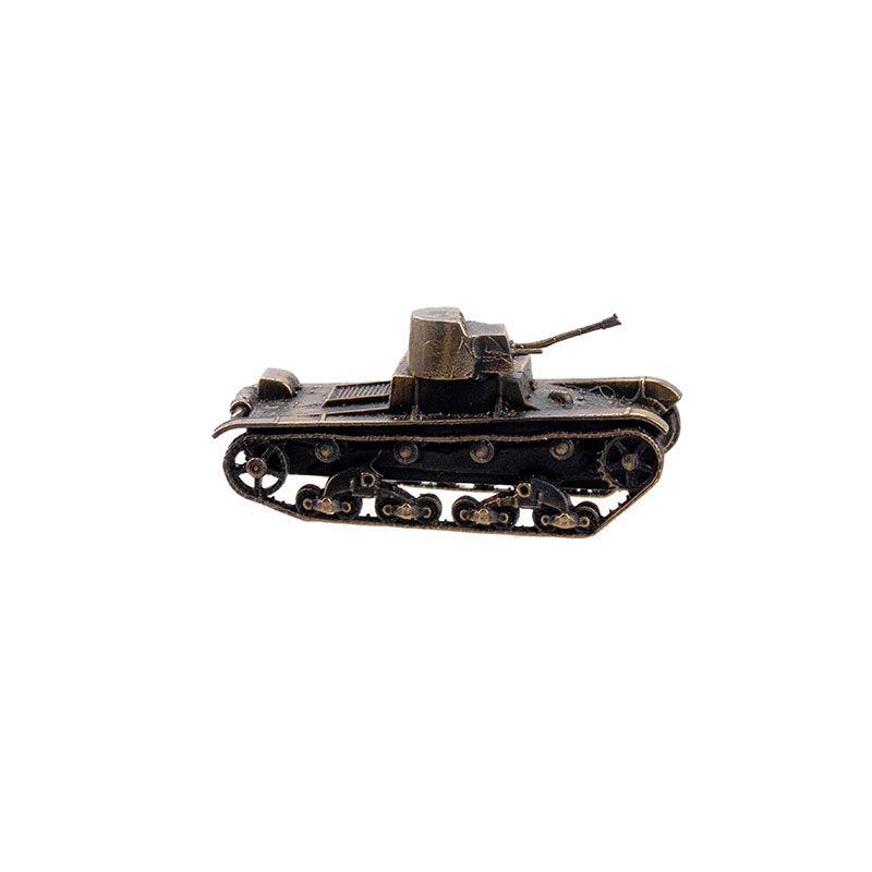 Модель советского огнеметного танка ХТ-26(1:100)