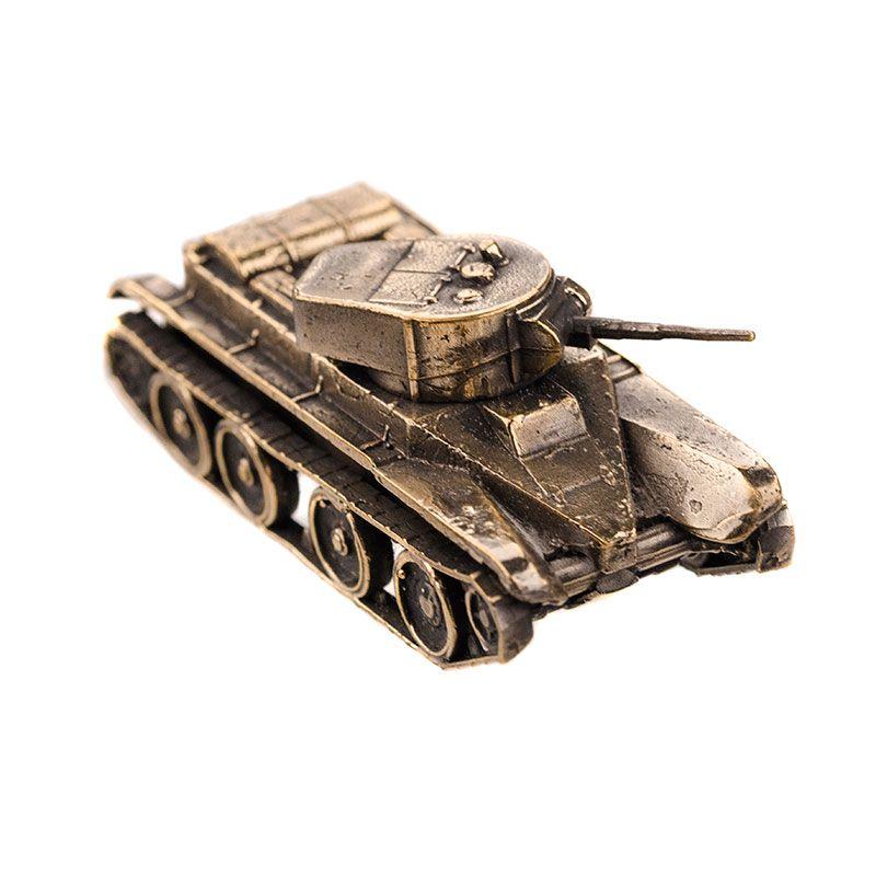 Модель советского легкого танка БТ-5(1:100)