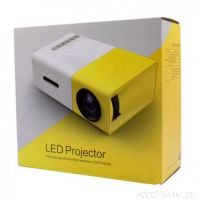 Мини - проектор Led Projector YG300