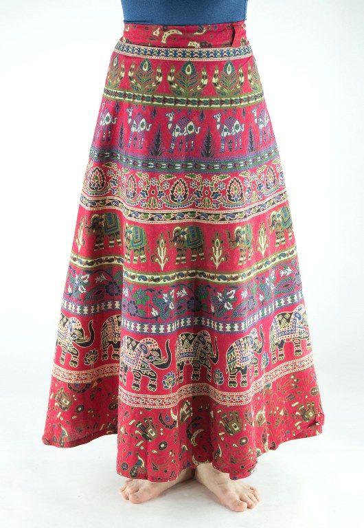 Красная длинная юбка с запахом (Индия)