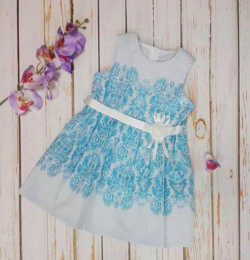 Платье праздничное голубое с украшением