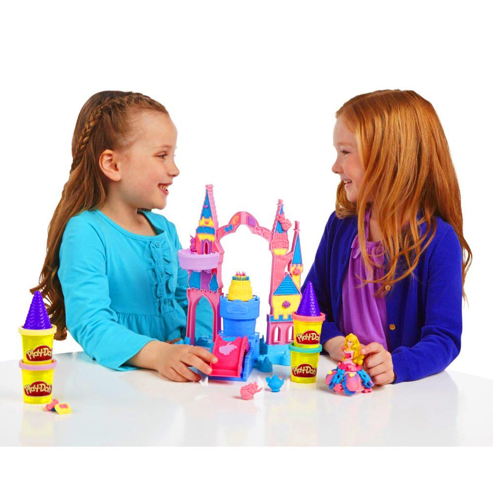 Игровой набор пластилина Play-Doh Чудесный замок Авроры.