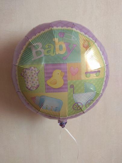 Приданое малыша Детские вещички шар фольгированный с гелием