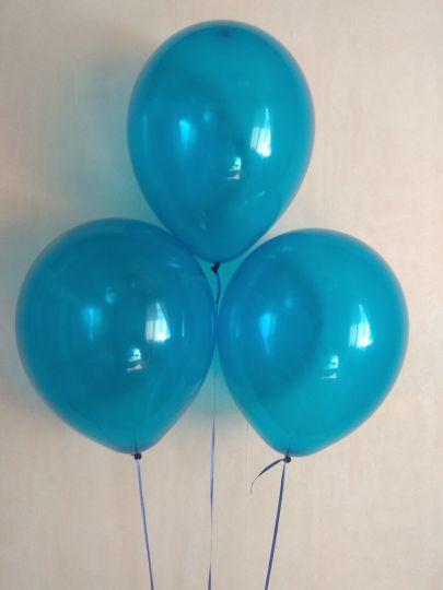 Синий прозрачный шар с гелием