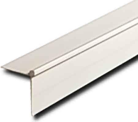 Угловой профиль Vitrulan отделочный пластиковый для стен 2,6м